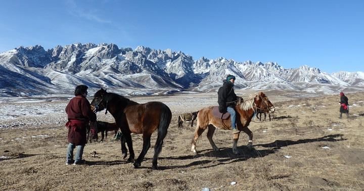 """Xerrada: """"Pastors, ramats i déus-muntanya al Tibet del s.XXI"""""""